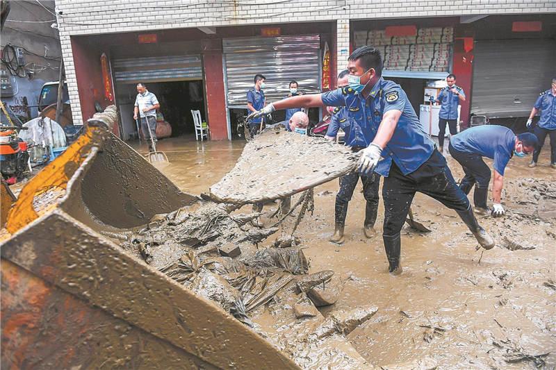 洪灾过后家园重建